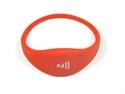 Obrázek Pohodlný a univerzální silikonový NFC náramek - Červený